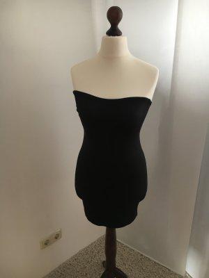 Schwarzes Unterkleid mit Gummiabschlüssen zu verkaufen!