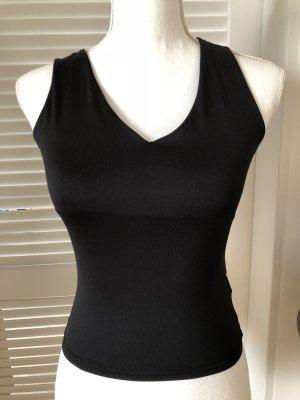 Schwarzes V Shirt