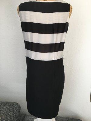 Schwarzes / weißes Kleid von Hallhuber