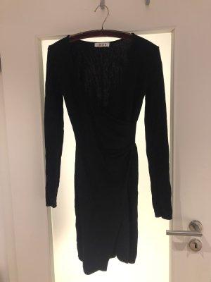 Schwarzes Wickelkleid von EDITED