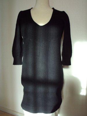 Esprit Vestido de lana negro tejido mezclado