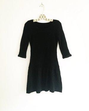 schwarzes wollkleid / vintage / granny / boho / classy / das kleine schwarze / blackfashion