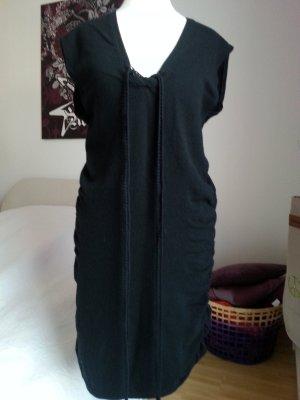 Schwarzes Wollkleid von Sisley