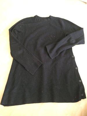 schwazer Pullover von Zara in M