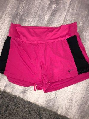 Nike Shorts negro-rosa