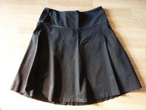schwingender Tellerrock schwarz Damenrock 40
