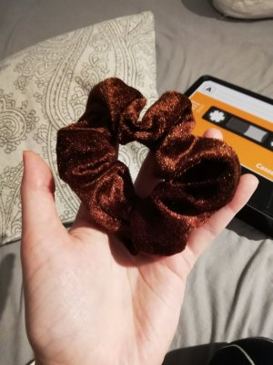 Ribbon brown