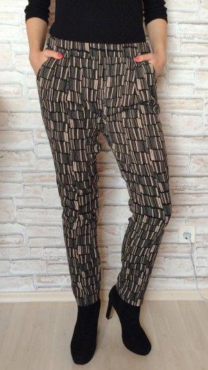 Second Female Hose Muster schwarz beige geometrisch