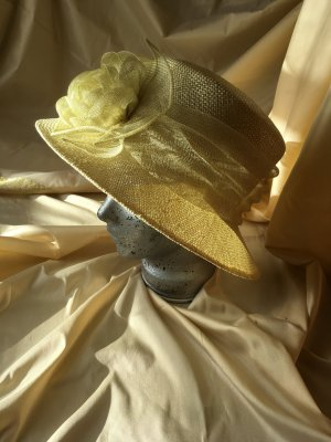 Seeberger Straw Hat pale green