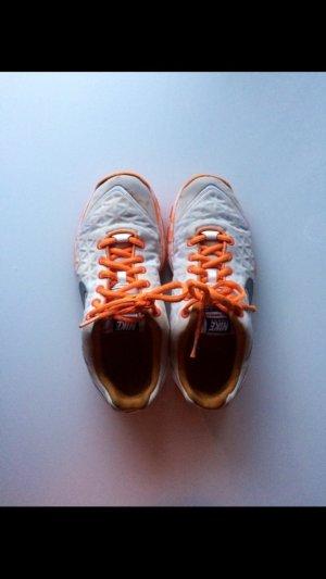 Nike Lace-Up Sneaker white-orange
