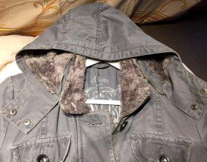 Sehr chic Winter Jacke von S'Oliver
