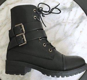Sehr Coole Stiefeletten Schuhe Schnürboots schwarz von Eksept Gr. 36 Neu