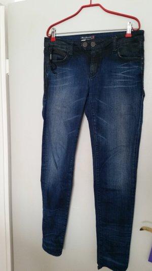 sehr cooler Jeans von Mavi