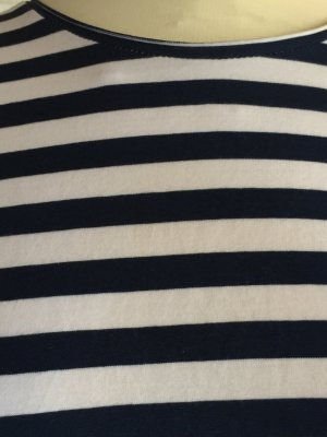 Sehr cooles Blau Weiß gestreiftes Sweaty
