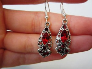 Bijou Brigitte Dangle red