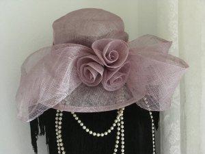 Chapeau mauve-violet