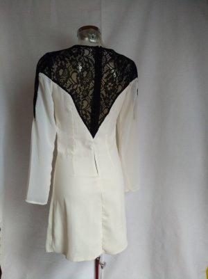 sehr edles Kleid mit Spitze Gr 36