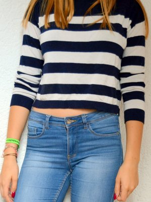 Sehr gemütlicher cropped sweater :)