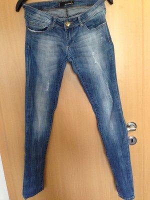 Sehr gut erhaltene Jeans