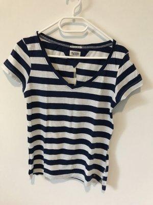 Sehr gut erhaltenes Shirt von Tommy Hilfiger in blau weiß gestreift in Größe XS