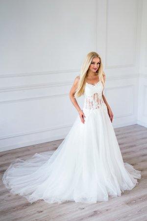 Abito da sposa bianco-beige chiaro