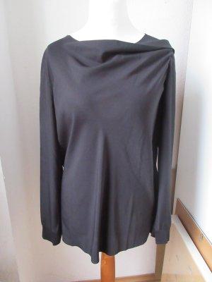 Sehr raffiniert geschnittene Bluse Größe XL