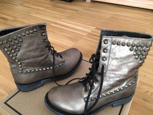 Sehr schöne Ash boots