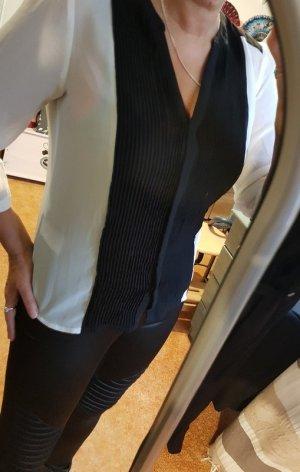 sehr schöne Bluse in schwarz weiß Gr 40