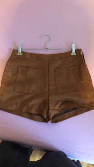 Sehr schöne braune Hot Pants