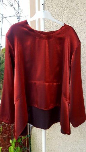 Sehr schöne Damen Langarmbluse der berühmten Marke absolut in der Gr. 38-40 Und der Farbe Weinrot.