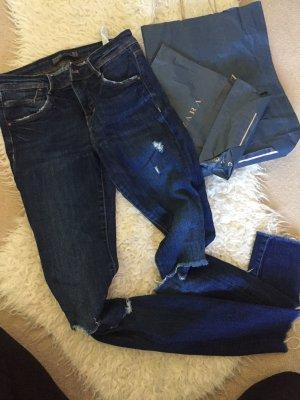Sehr schöne dunkelblaue zara Jeans