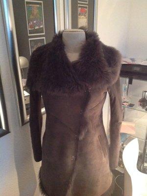 Sehr schöne Jacke aus Leder und Pelz...