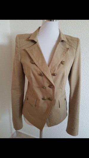 Sehr schöne kurze Jacke von Drykorn in Größe 38