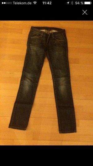 Sehr schöne Levis Jeans Neupreis: 89,95