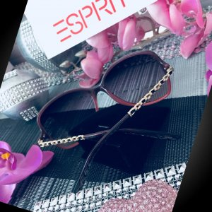 Sehr schöne & neue - EspriT - Sonnenbrille mit Etui