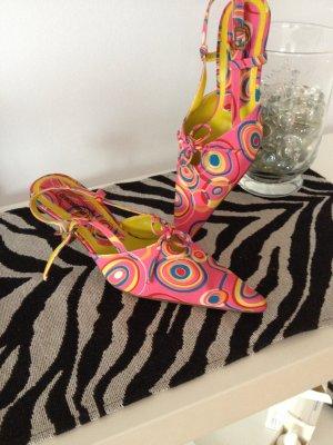 Sehr schöne Neue Schuhe in bunt zu verkaufen