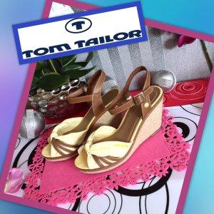 Sehr schöne - neue - Tom Tailor Sandaletten Gr .41
