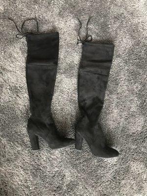 Sehr schöne overknee Stiefel , fast neue