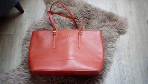 Sehr schöne rote Handtasche von Guess