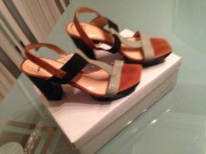 Sehr schöne Schuhe von Bronx. Absatzhöhe  10cm in gr.38