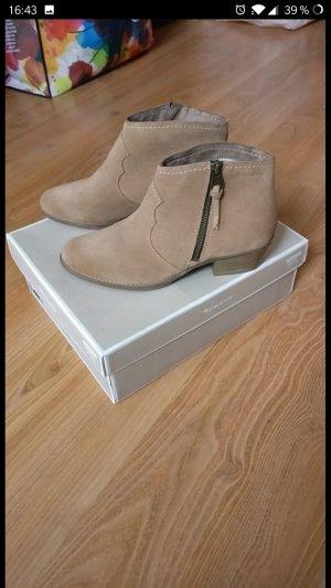 Sehr schöne Stiefel / Chelsea Boots von Tamaris, *NEU mit Etikett*,Leder,braun,Gr. 38