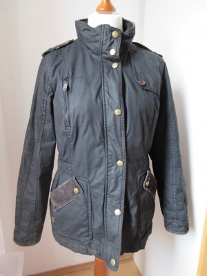 Sehr schöne stylische Jacke, Outdoor Jacke mit Stehkragen, Größe 40-44