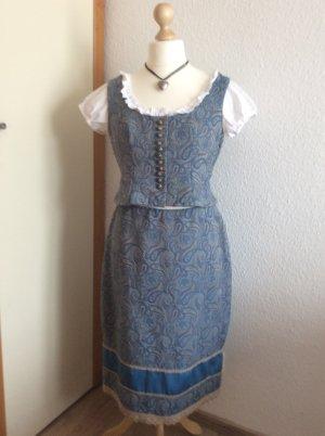 Traditionele jurk veelkleurig