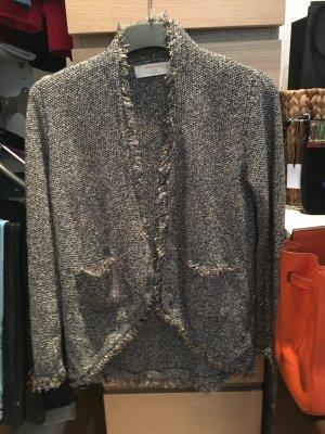 Sehr schöne und lässige Strickjacke von Zara