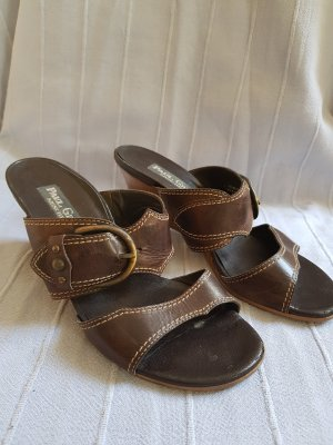 Sehr schöne Wedges-Sandalen
