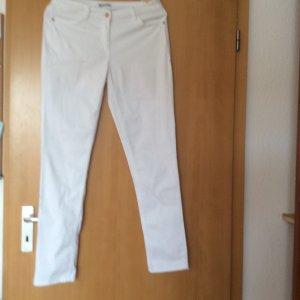 Sehr schöne weiße Hose von TAMARIS NEUW.!