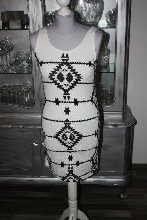 Sehr schöne weiße Kleid 36 groß H&M