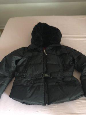 Sehr schöne Winter Jacke