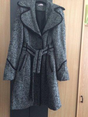 Sehr schöner Mantel fast neu