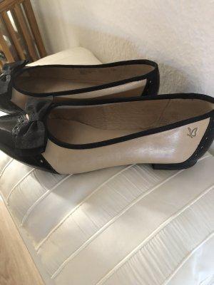 Sehr  schöner  Schuh